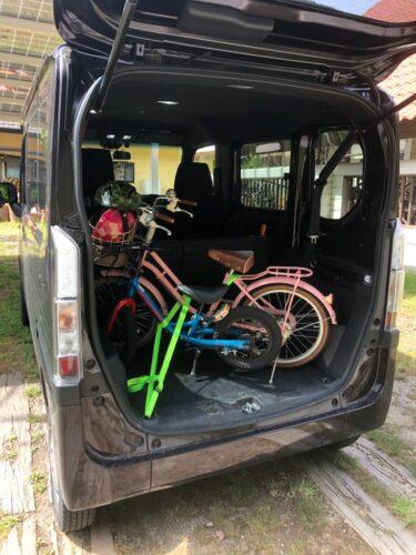 フックが標準なので自転車も安心して運べます